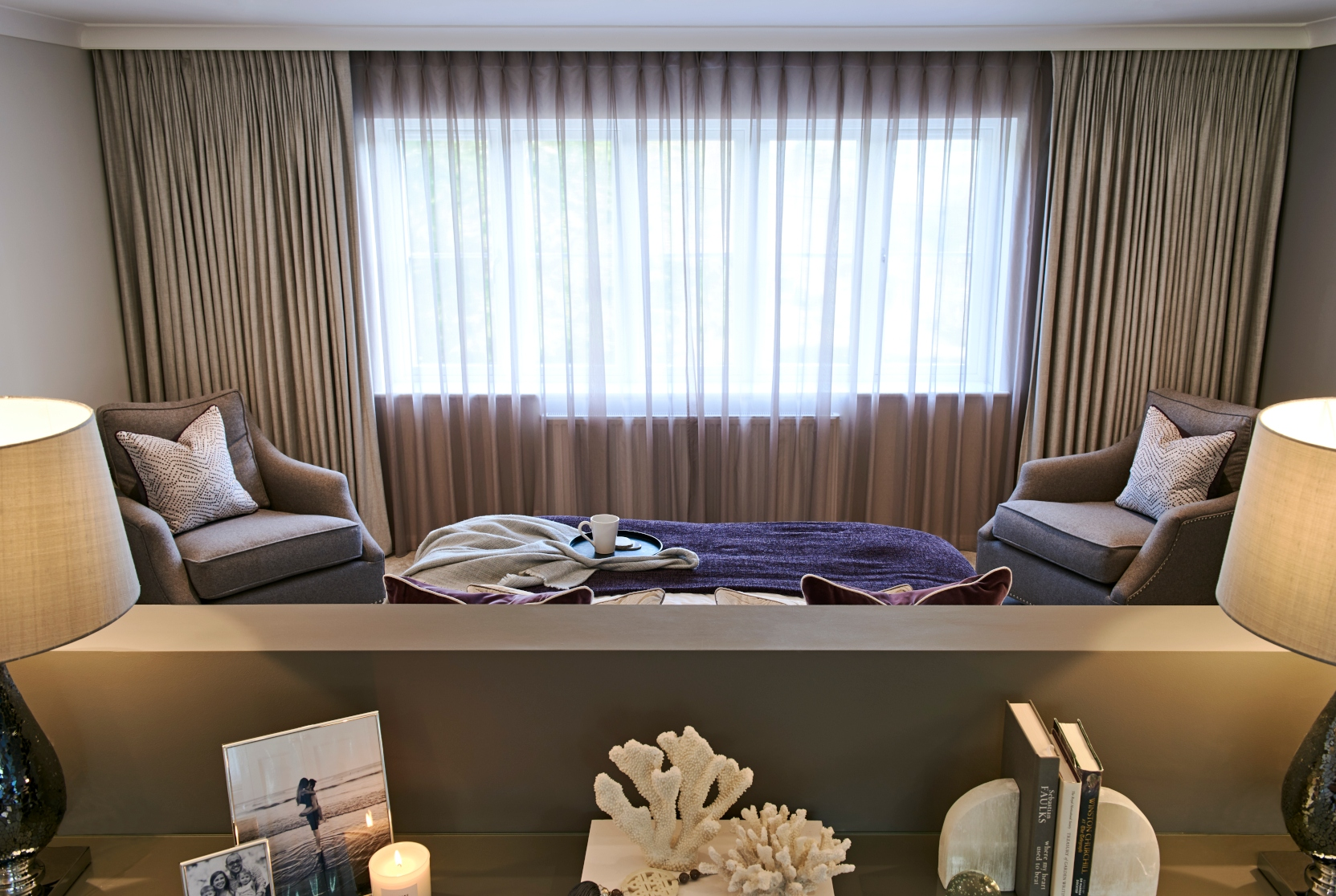 Stud wall & curtains in master bedroom - Interior design