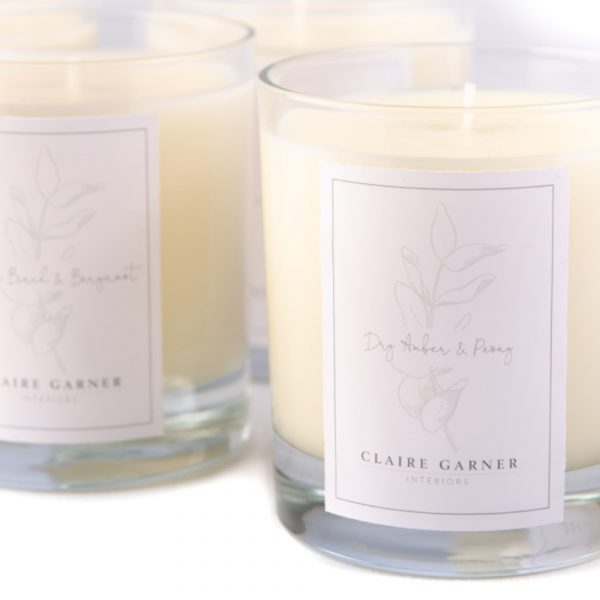 Dry Amber & Peony Scented Candle